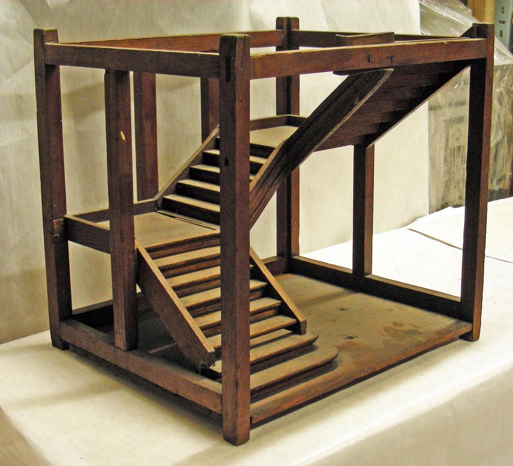 modell einer treppe mit zwei podesten universit tssammlungen in deutschland. Black Bedroom Furniture Sets. Home Design Ideas